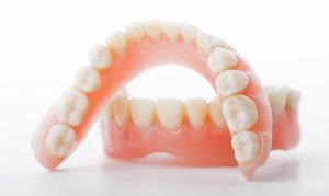 Съемные зубные протезы в стоматологии