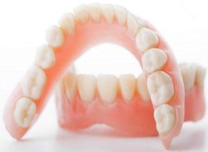 Полное протезирование зубов